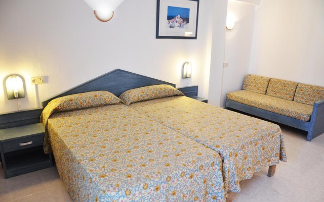 Hotel Apartamentos Central City - Adults Only вид на фасад