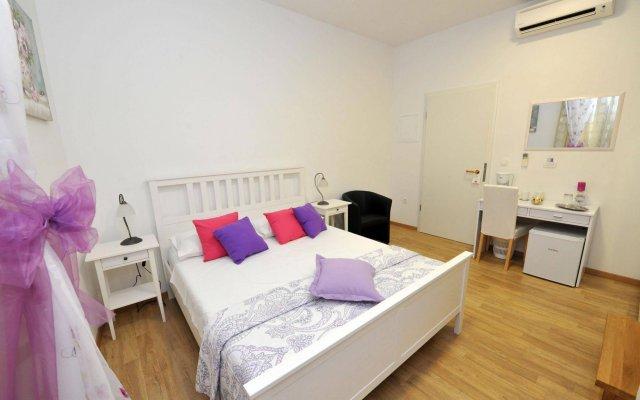 Отель Nirvana Luxury Rooms комната для гостей
