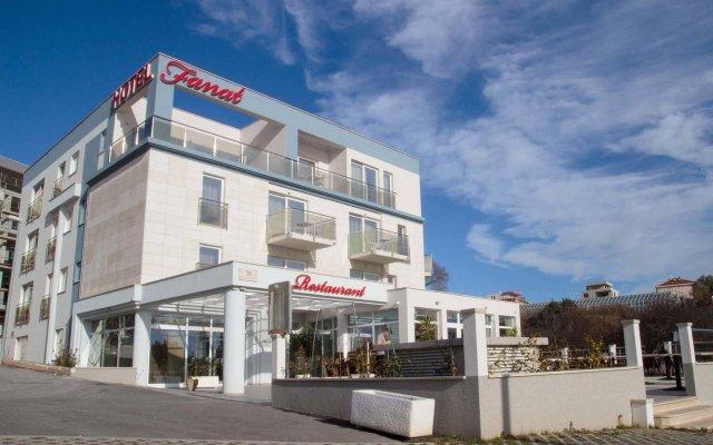 Hotel Fanat вид на фасад