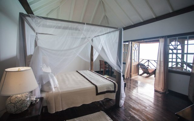 COCOS Hotel Antigua - All Inclusive - COUPLES ONLY 2