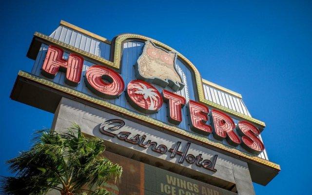 Отель OYO Hotel & Casino (formerly Hooters Casino Hotel) США, Лас-Вегас - отзывы, цены и фото номеров - забронировать отель OYO Hotel & Casino (formerly Hooters Casino Hotel) онлайн вид на фасад