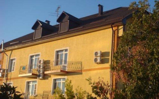 Гостевой Дом Мирный вид на фасад