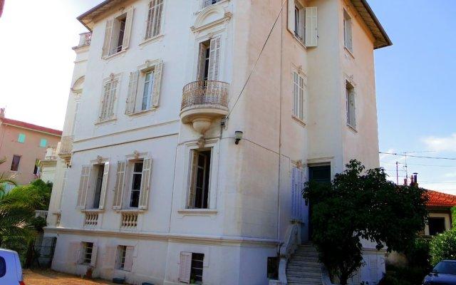 Отель Appartement Marius Monti вид на фасад