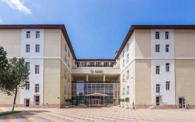 Курортный отель Санмаринн All Inclusive Анапа вид на фасад