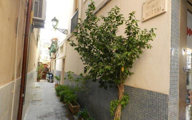 Отель Camere Cavour Сиракуза вид на фасад