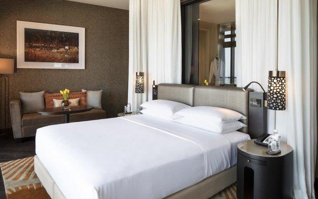 Grand Hyatt Abu Dhabi Hotel And Residences Emirates Pearl 0