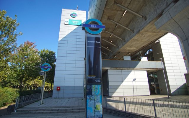 London Excel - O2 Arena – London City Airport (LCY)