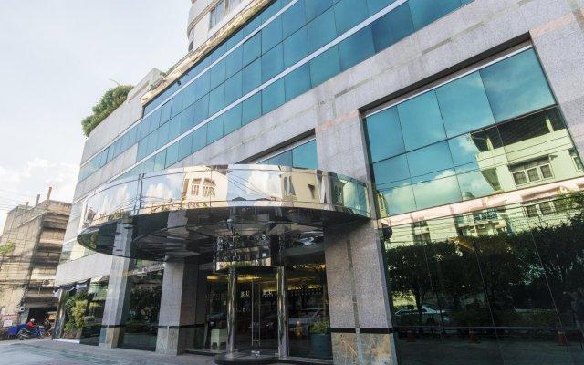 Отель B.U. Place Бангкок вид на фасад