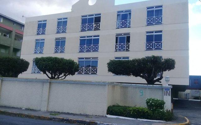 Отель Kensington 212 Suite вид на фасад