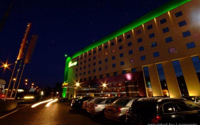 Отель HP Park Plaza Wroclaw Польша, Вроцлав - отзывы, цены и фото номеров - забронировать отель HP Park Plaza Wroclaw онлайн вид на фасад