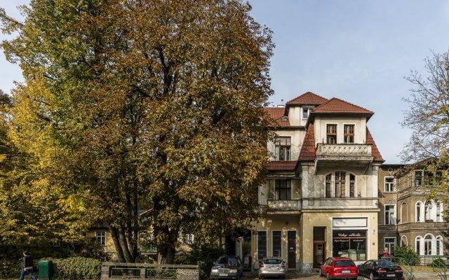 Апартаменты Sanhaus Apartments - Chopina Сопот вид на фасад