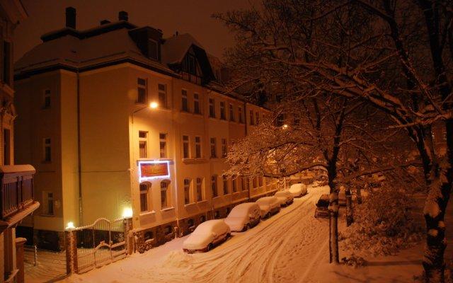 Гостевой Дом Pension Leipzig Georgplatz вид на фасад