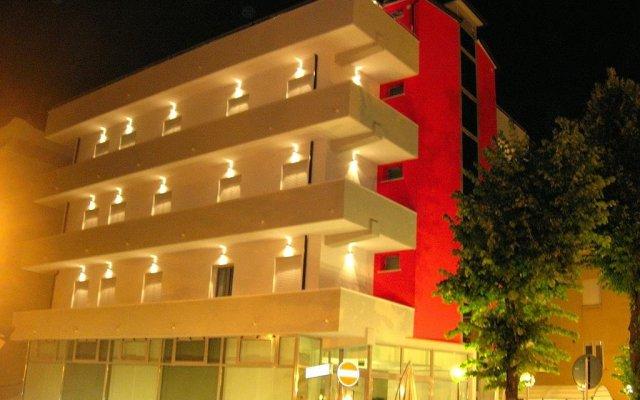 Отель Etoile вид на фасад