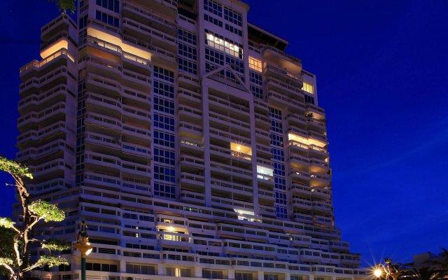 Andaman Beach Suites Hotel вид на фасад