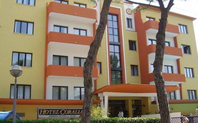 Hotel Corallo вид на фасад