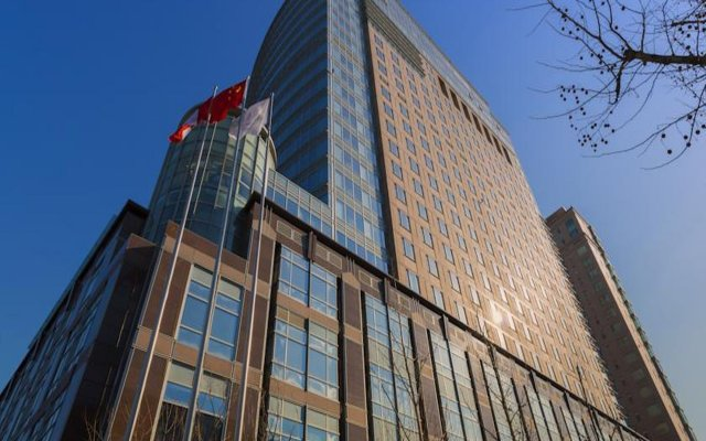 Four Seasons Hotel Beijing вид на фасад