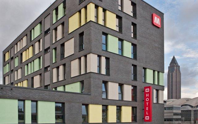 MEININGER Hotel Frankfurt/Main Messe вид на фасад