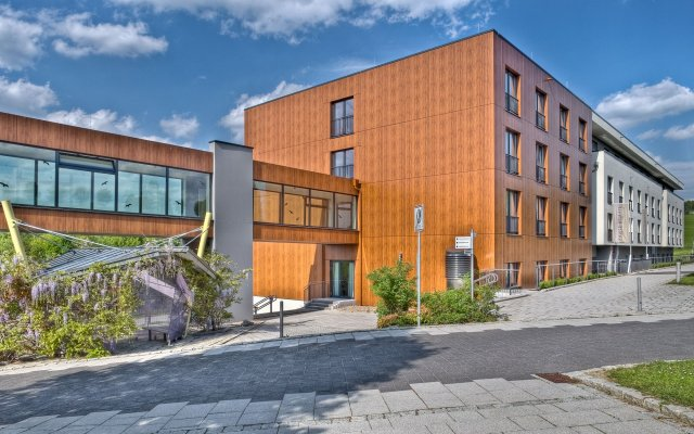 Santé Royale Hotel- & Gesundheitsresort Warmbad Wolkenstein вид на фасад