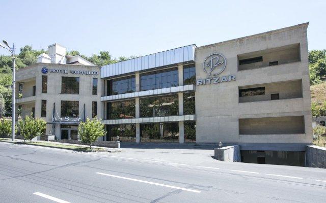 Ritzar Hotel вид на фасад