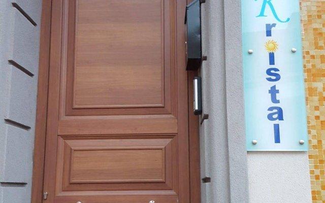 Отель B&B Kristal Италия, Чинизи - отзывы, цены и фото номеров - забронировать отель B&B Kristal онлайн вид на фасад