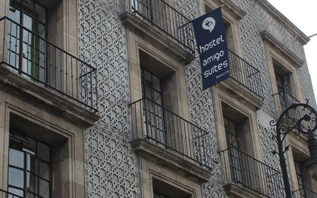 Отель Hostal Amigo Suites Мехико вид на фасад