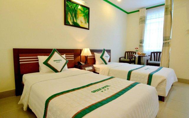 Green Hotel вид на фасад