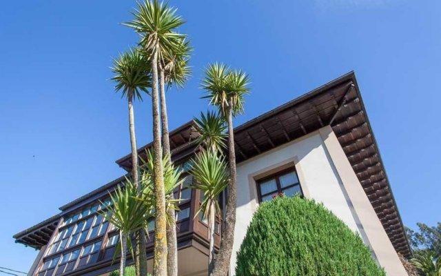 Hotel La Boriza вид на фасад