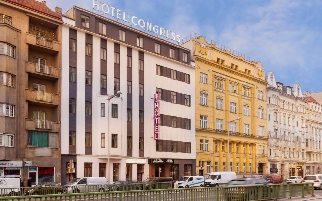 Отель Novum Hotel Congress Wien am Hauptbahnhof Австрия, Вена - 12 отзывов об отеле, цены и фото номеров - забронировать отель Novum Hotel Congress Wien am Hauptbahnhof онлайн вид на фасад