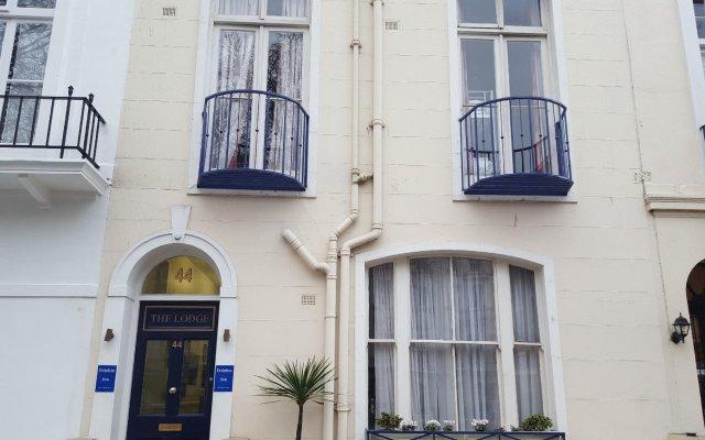 Отель Dolphin Inn Великобритания, Лондон - 8 отзывов об отеле, цены и фото номеров - забронировать отель Dolphin Inn онлайн вид на фасад