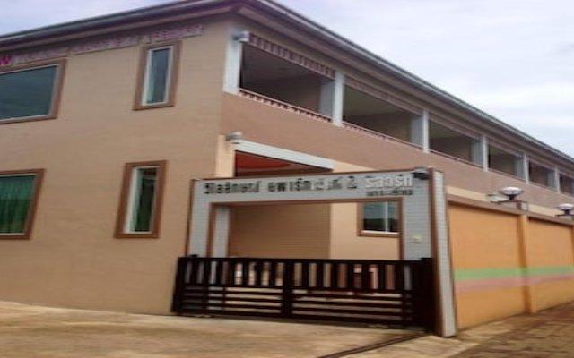 Отель Wilailuck Resort вид на фасад