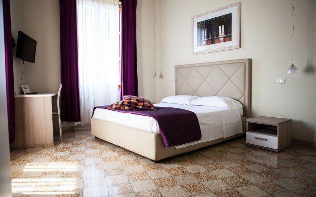Отель Home 79 Relais Рим вид на фасад
