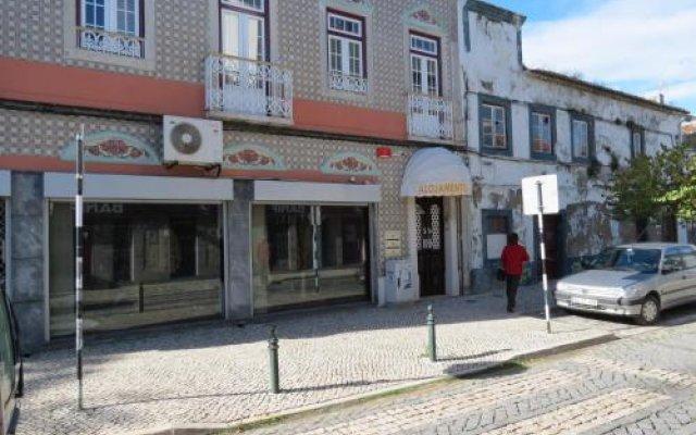 Отель Alojamento Cesarini Португалия, Монтижу - отзывы, цены и фото номеров - забронировать отель Alojamento Cesarini онлайн вид на фасад