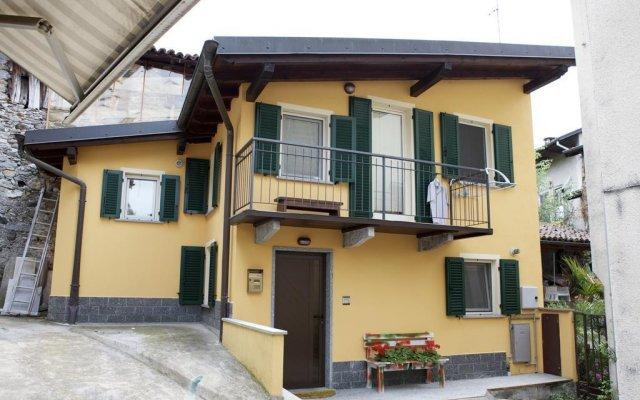 Отель Residenza Pesce D'oro Италия, Вербания - отзывы, цены и фото номеров - забронировать отель Residenza Pesce D'oro онлайн вид на фасад