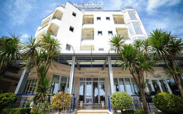 Iliria Internacional Hotel 0