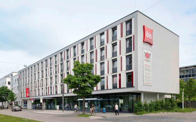 Отель ibis Muenchen City West Германия, Мюнхен - отзывы, цены и фото номеров - забронировать отель ibis Muenchen City West онлайн вид на фасад