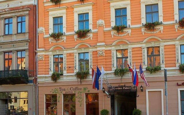 Отель Garden Palace