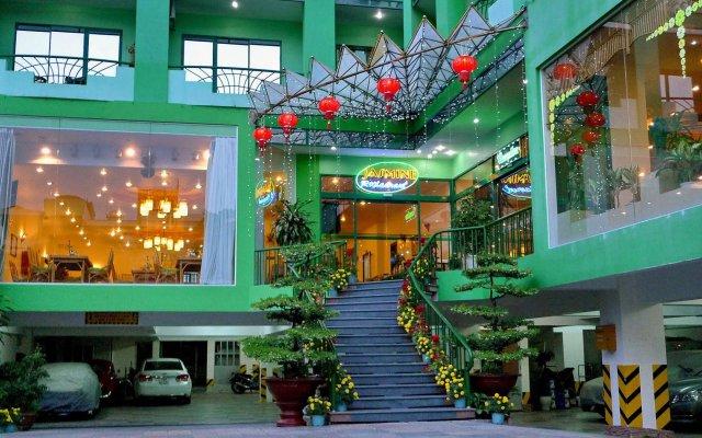 Отель Green Hotel Вьетнам, Нячанг - 1 отзыв об отеле, цены и фото номеров - забронировать отель Green Hotel онлайн вид на фасад