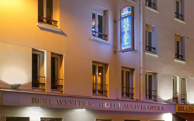 Отель Best Western Aulivia Opera вид на фасад