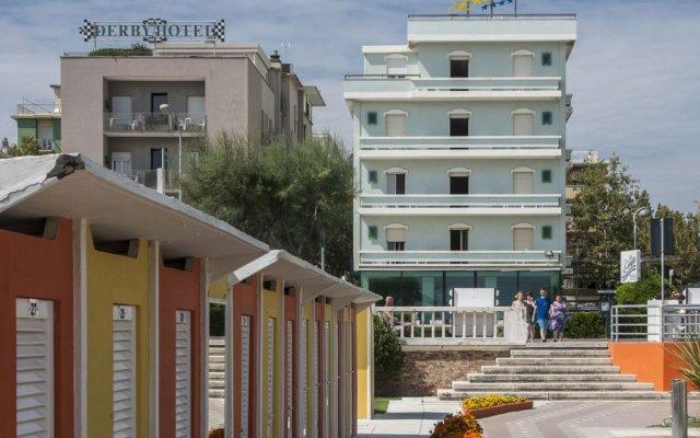 Hotel Levante Римини вид на фасад