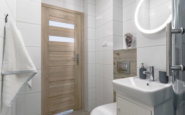 Отель Chill Apartments City Center Польша, Варшава - отзывы, цены и фото номеров - забронировать отель Chill Apartments City Center онлайн ванная
