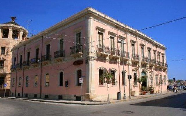 Hotel Posta Сиракуза вид на фасад
