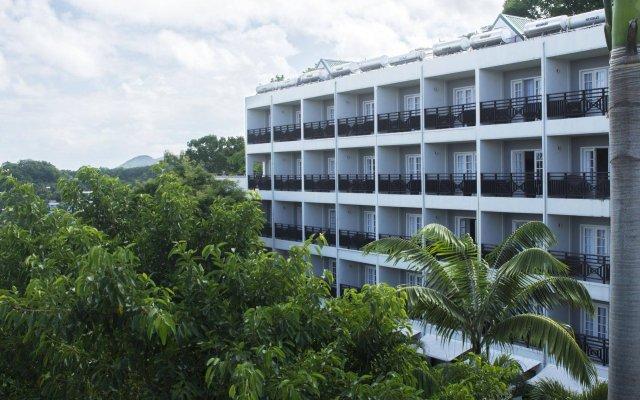Отель Bel Jou Hotel - Adults Only Сент-Люсия, Кастри - отзывы, цены и фото номеров - забронировать отель Bel Jou Hotel - Adults Only онлайн вид на фасад