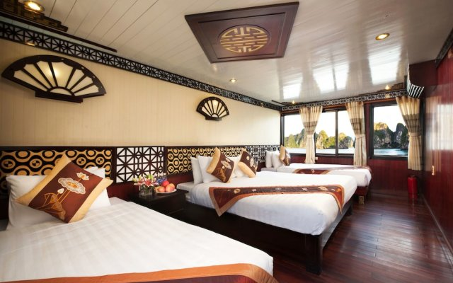 Отель Halong Apricot Cruise вид на фасад