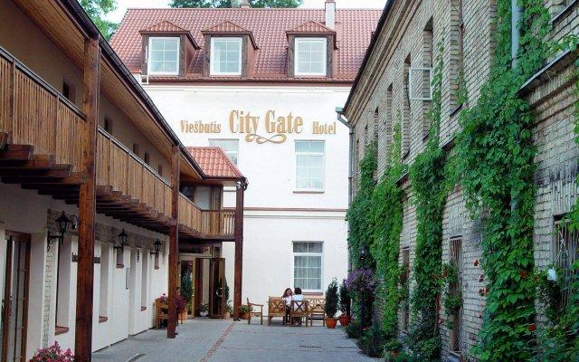 Отель City Gate Литва, Вильнюс - - забронировать отель City Gate, цены и фото номеров вид на фасад