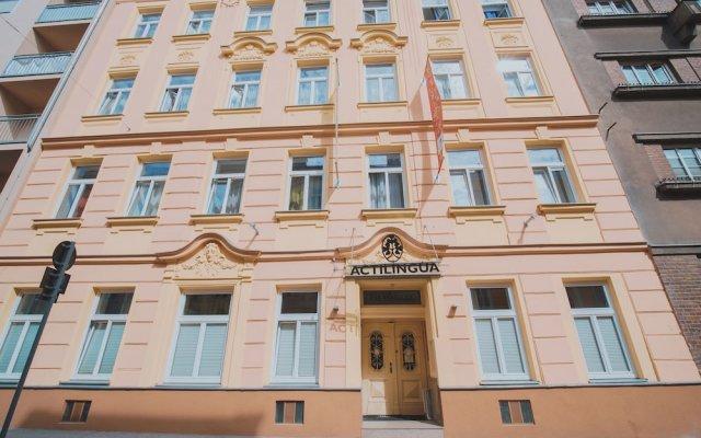 Отель Actilingua Apartment Hotel Австрия, Вена - отзывы, цены и фото номеров - забронировать отель Actilingua Apartment Hotel онлайн вид на фасад