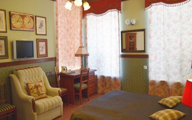 Гостиница Мебелированные комнаты 33 Удовольствия в Санкт-Петербурге - забронировать гостиницу Мебелированные комнаты 33 Удовольствия, цены и фото номеров Санкт-Петербург комната для гостей