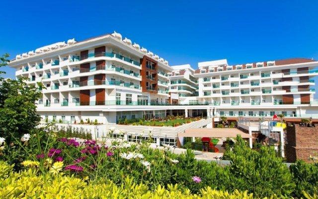 Adalya Ocean Hotel - All Inclusive вид на фасад