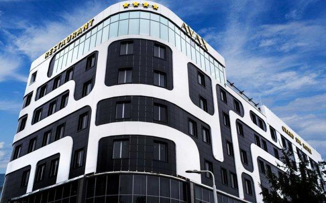 Гостиница Grand Spa Avax вид на фасад