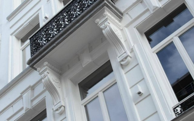 Отель Maison Nationale City Flats & Suites Бельгия, Антверпен - отзывы, цены и фото номеров - забронировать отель Maison Nationale City Flats & Suites онлайн вид на фасад