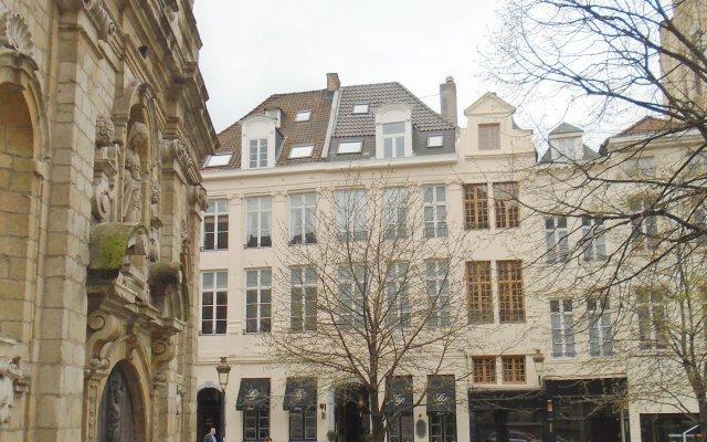 Hotel le Dixseptieme вид на фасад